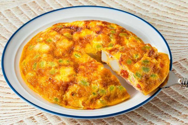 卵とまぜて作る!彩り野菜のスペイン風オムレツ